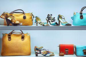 Die neuen Trendschuhe und Taschen