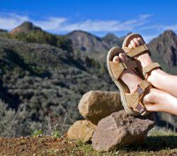Zum Wandern benötigt man spezielles Schuhwerk