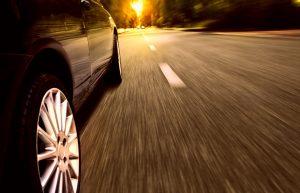 Eine reguläre Autofinanzierung ist für Menschen mit geringem oder unregelmäßigem Einkommen nur schwer umsetzbar.