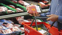 Fleischeinkauf im Supermarkt