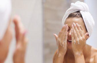 Klarheit fürs Gesicht: Wie pflege ich mein Gesicht richtig?