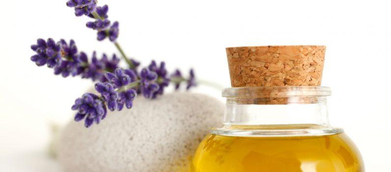 Lavendel und Hautöl