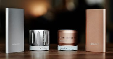 Coole Beats und Saft für unterwegs: Bluetooth-Lautsprecher und Powerbank im Test