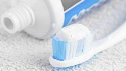 Gewusst wie: Saubere und gesunde Zähne durch richtige Pflege