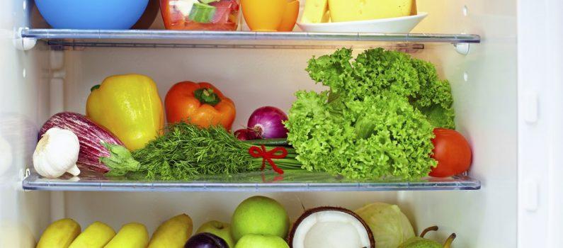 Stromsparend kühlen: Beim Kühlschrankkauf auf die Größe achten