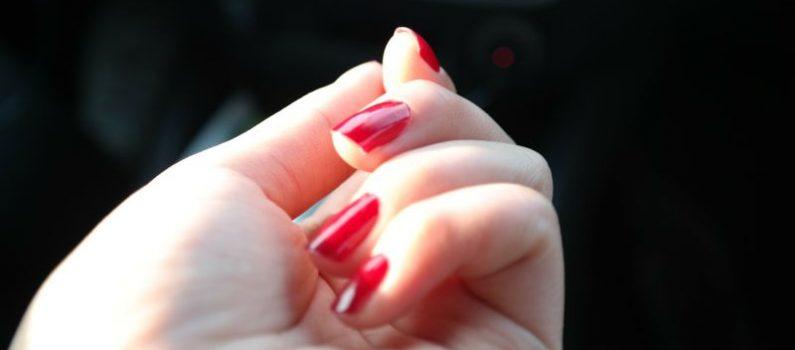 Natürlich schön: So erhalten Sie robuste und gepflegte Nägel
